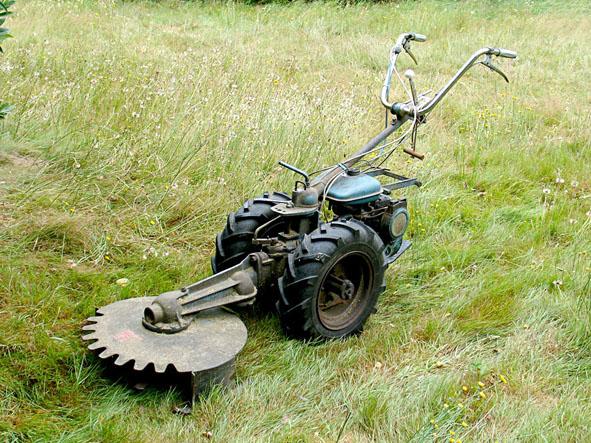 Vends staub pp2x debroussailleuse rotative recherche for Fraise pour motoculteur staub